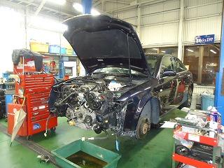 Audi アウディ A4 3.0 施工画像3