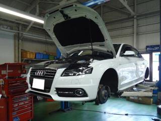 Audiアウディ A4 低ダストのブレーキパット交換画像